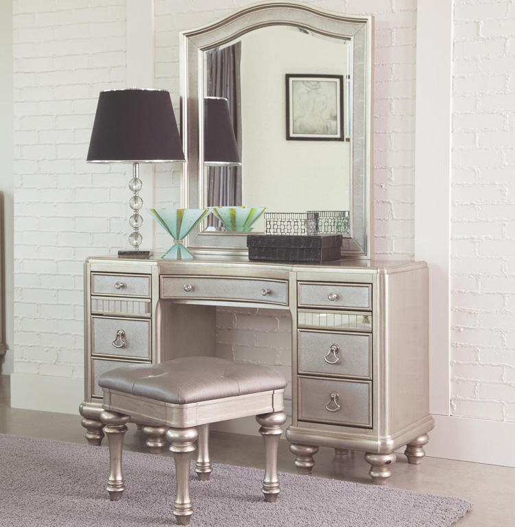 Makeup Vanity.Bedroom Design Hack Makeup Vanity Tables Www Efurniturehouse Com
